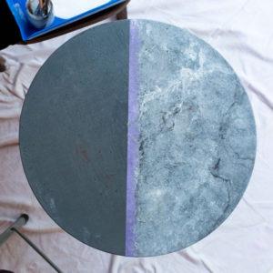 realiser-une-table-en-faux-marbre